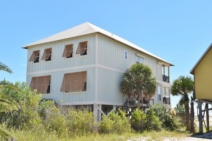 Summer Lovin Beachfront w Great Porches plus Private Heated Pool + Elevator - 1981