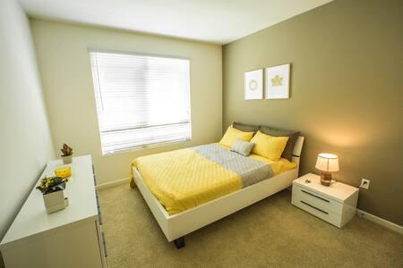 Resort style modern 1 bedroom - Irvine - Leilighet