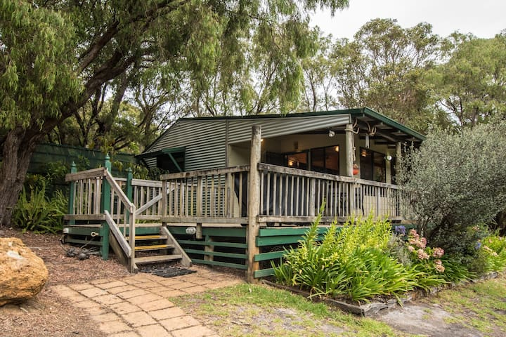 The Snug at Cape Howe Cottages