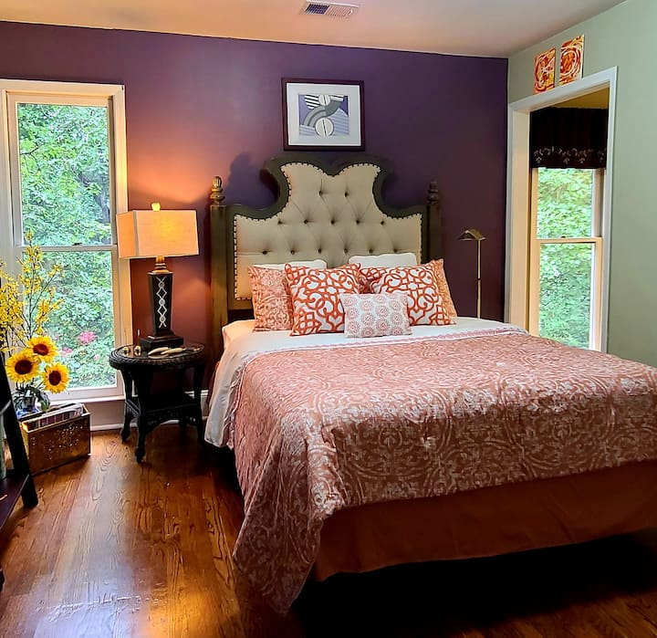 Lovely bedroom tastefully designed to perfection