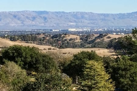 Lux hotels can't offer this: 180 view + near town - Portola Valley