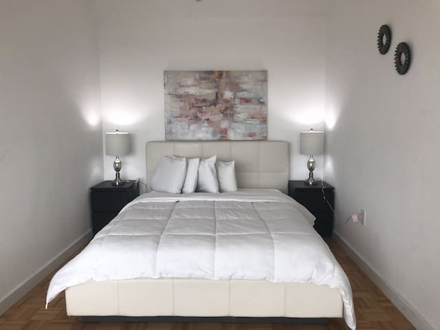 Luxurious Furnished Studio - 70A60A