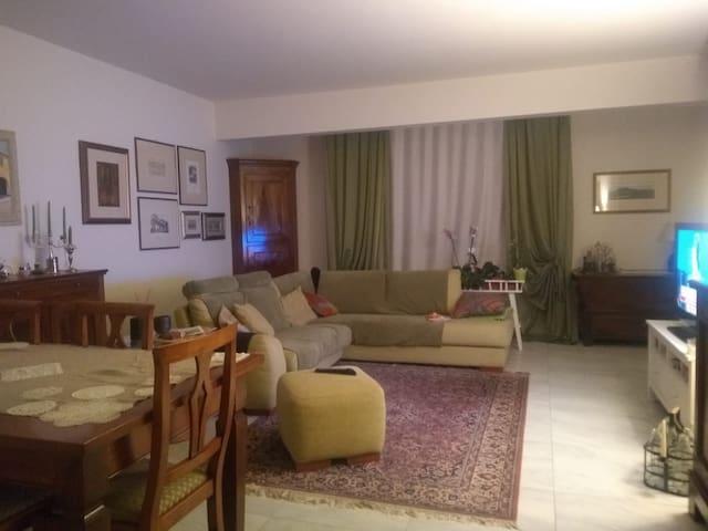 Il Girasole - Accoglienti camere in quel di Modena