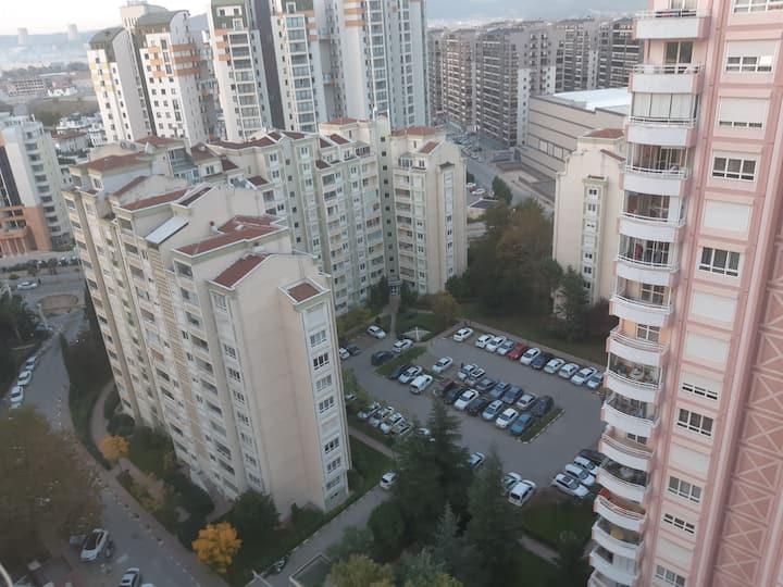 Bursa'nın Gözde Sitesinde Şık, Temiz, Konforlu