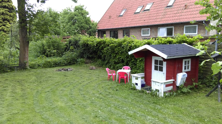 Cozy familiy house with great, quiet location - Aarhus - Dům