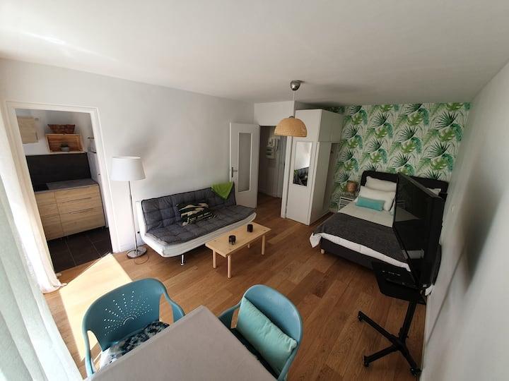 STUDIO 30 m²