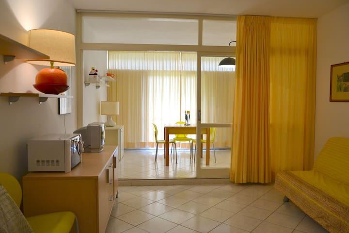 Monolocale in residence con piscina - Marina di Bibbona - Appartement
