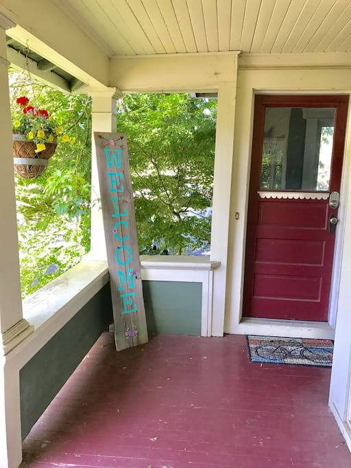 The Airbnb entrance is to the left of our front door. Keyless entry allows for 24-hr check in. Easy guest access!