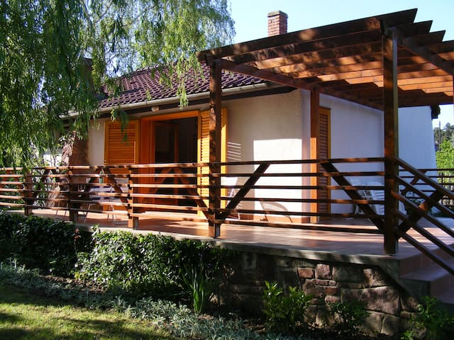 Summer Residence Lake Balaton Badacsony Làbdihegy - Badacsonytördemic - House