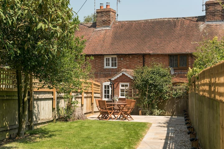 Luxury & quaint cottage in Stratford Upon Avon
