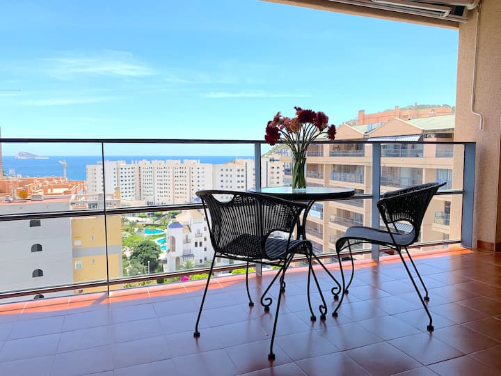 Sea view apartment  300m from the beach