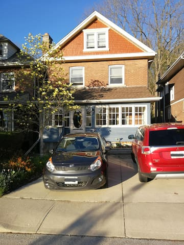 family-friendly house in Owen Sound - long stay