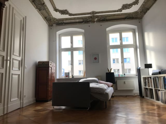 Room in Apartment in Mitte