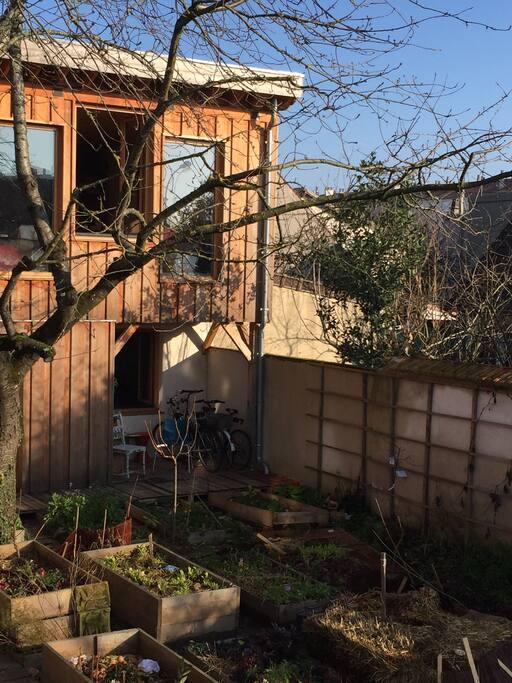 maison vegetale bois terre paille strawbale house erdh user zur miete in montreuil le de. Black Bedroom Furniture Sets. Home Design Ideas