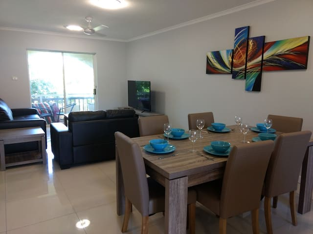 Oasis Resort - 2 Bedroom 2 Bathroom Apartment!!