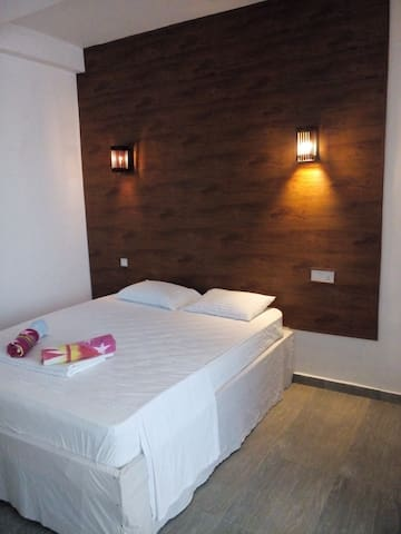 Queens Park inn - Pilimathalawa - Guesthouse