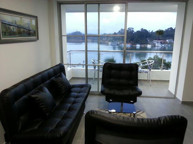 El Apartamento con La Mejor vista de guatapé - Guatapé - Apartment