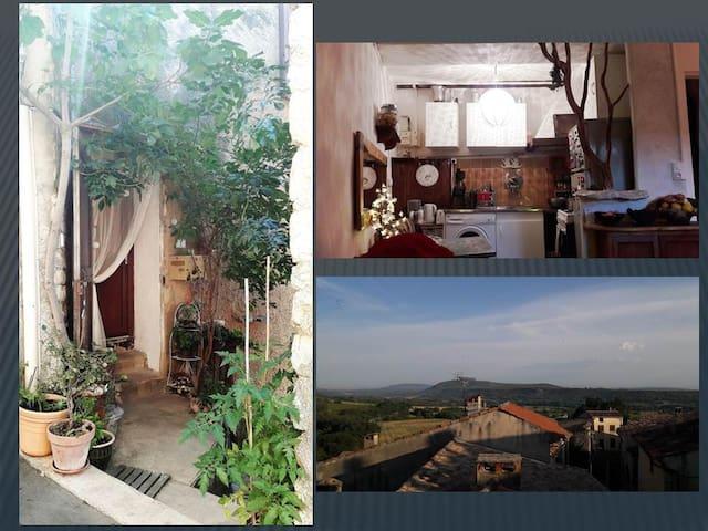 Jolie maison de village en Provence Verte