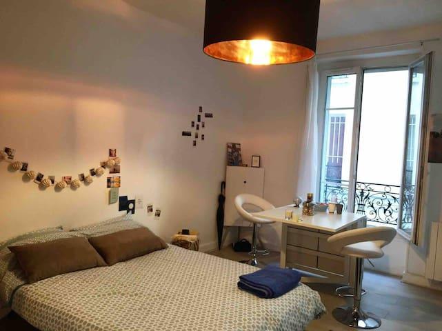 STUDIO 17ème arrondissement