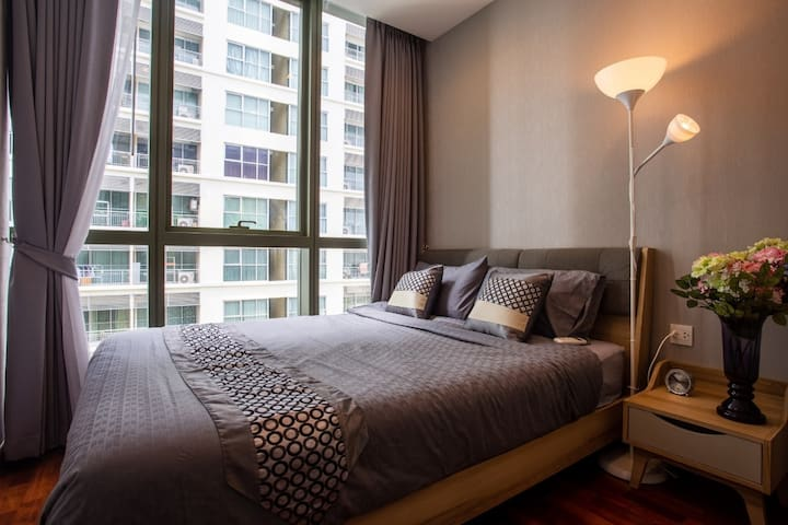 NEW 1BR convenient and accessible in central BKK