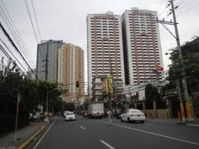 Malate Manila Cozy Condo Unit w/ great view 38 sqm