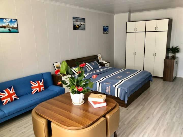 上海罕见超大一室户,1.8m大床房秒变双床房。交通方便,居住品质高,价格优廉,周边实惠之最!!
