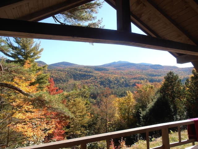Giant's View Camp: An Adirondack Retreat - Keene Valley