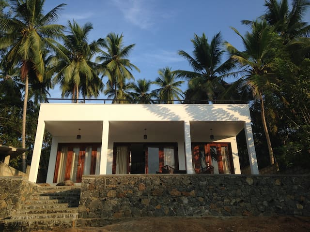 Secluded beach house, Sri Lanka - Tangalle - Дом