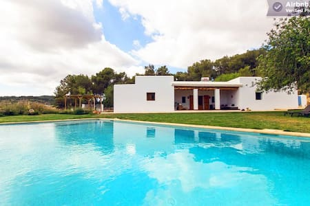 Charming Finca with Pool and Wifi - Sant Joan de Labritja - Villa