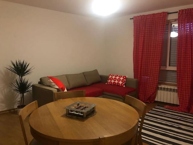 The Hub - Central Apartment