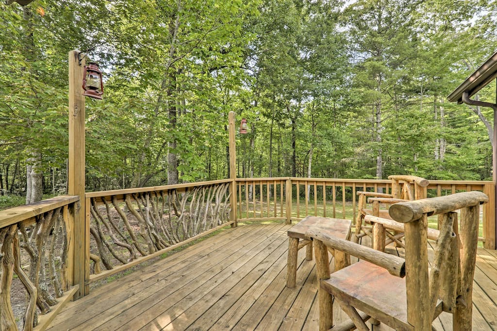 Nestled on 6 private acres of forested land, enjoy uninterrupted views of the surrounding wilderness.