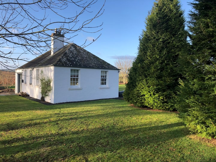 Stylish self-catering 2 bedroom cottage