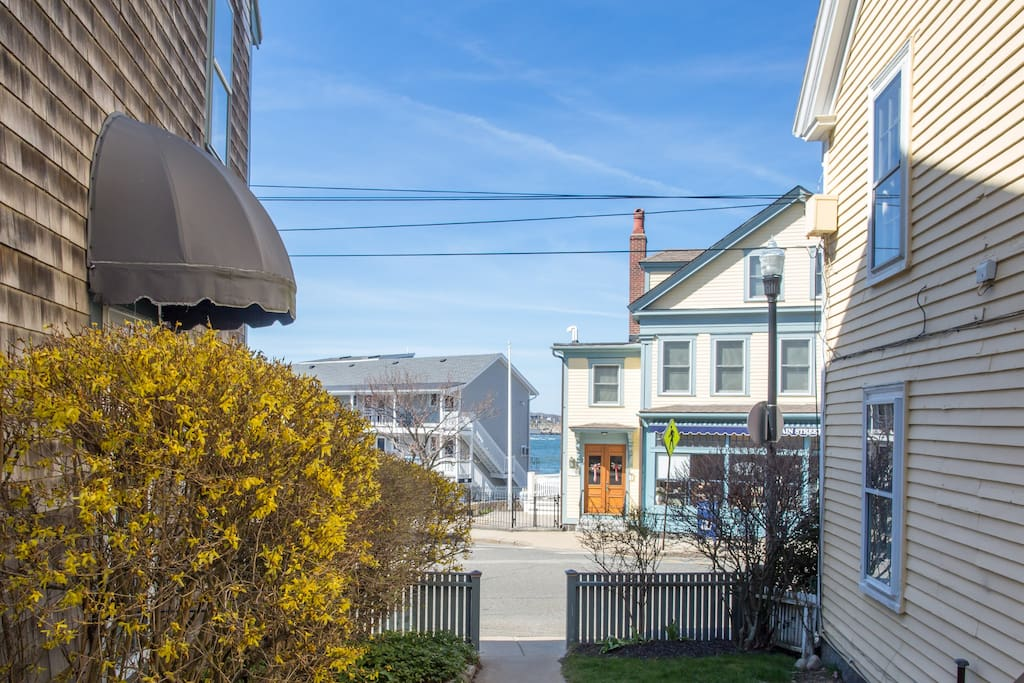 steps from our cottage to Main Street and beach from Danvin Court where cottage is located