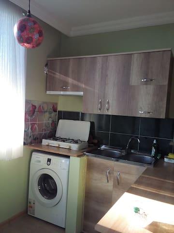 квартира у черного моря - Batumi - Pis
