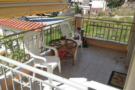 APARTMENT WITH BALCONY IN NAFPLIO - Navplion - Appartement