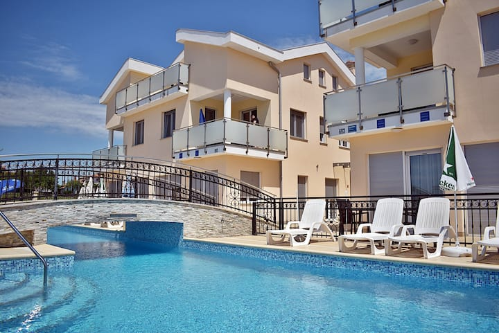 801 Apartments Funtana - Two Bedroom Apartment with Pool and Balcony