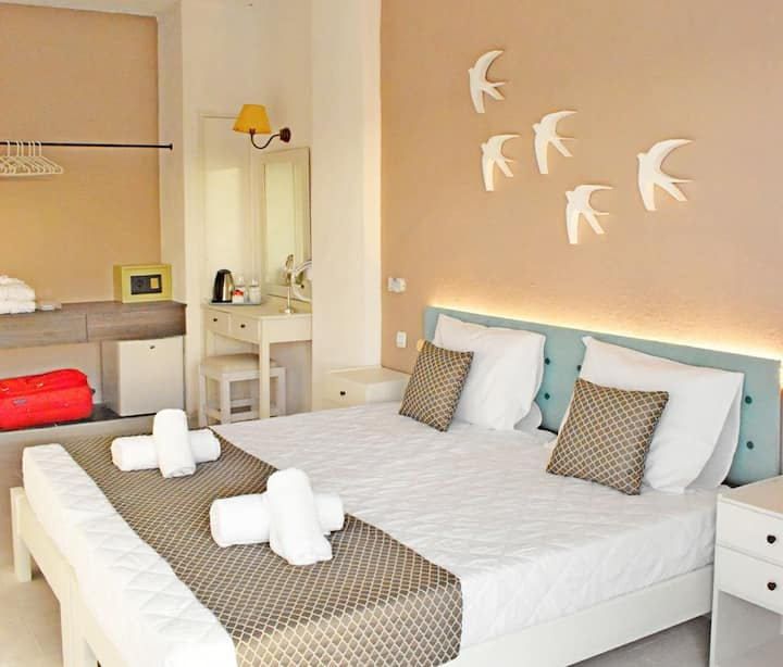 3 guests bedroom, Charm Hotel Hersonisos CityBreak