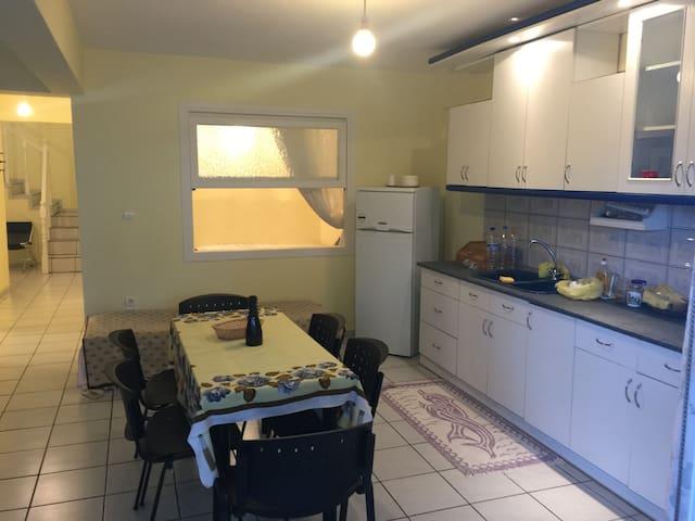 Ολοκληρο διαμέρισμα σε περιφημη περιοχη της πολης - Καβάλα - Wohnung