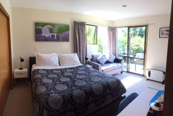 Large sunny room with great views