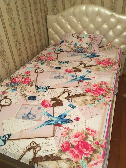 Вторая спальня с 1,5 кроватью