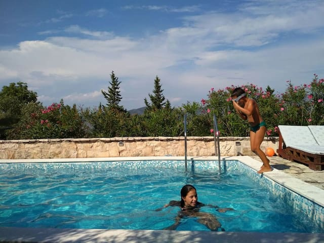 Guest house with pool Prka 2b *Korcula, Racisce*