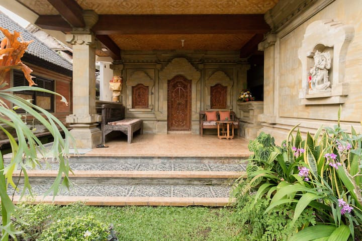 Ubud living compound