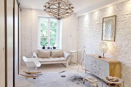 WHITE HOUSE – silesian loft apartment