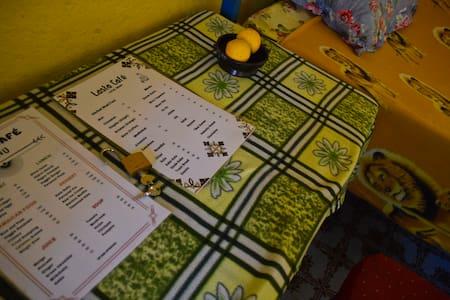 Lasta Café & Garden Retreat (Reiki Massage)!  R2