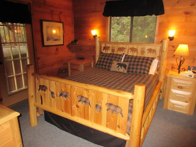 Rather famous (at least among cabin renters) bear bed. We've added blackout curtains since this photo.