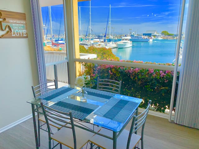 BEAUTIFUL WATERFRONT MARINA VIEW 2BD/2BA W/POOL
