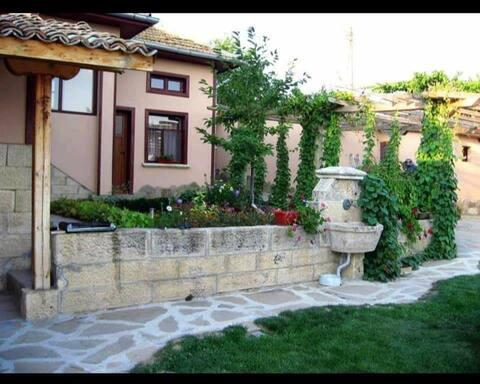Къща за гости Теана