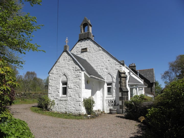 Caol Muile - Converted Church-Double Bedroom