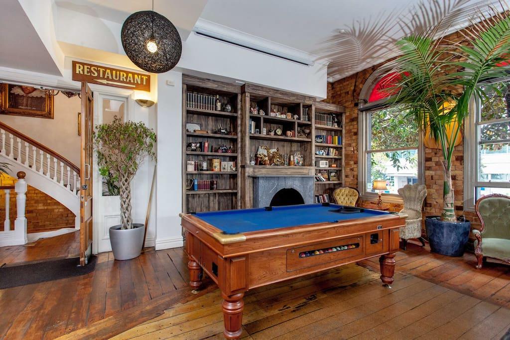The Shakespeare Auckland Bar