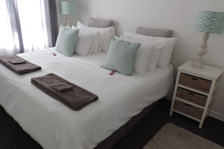 Self Catering Apartment, close to the to beach